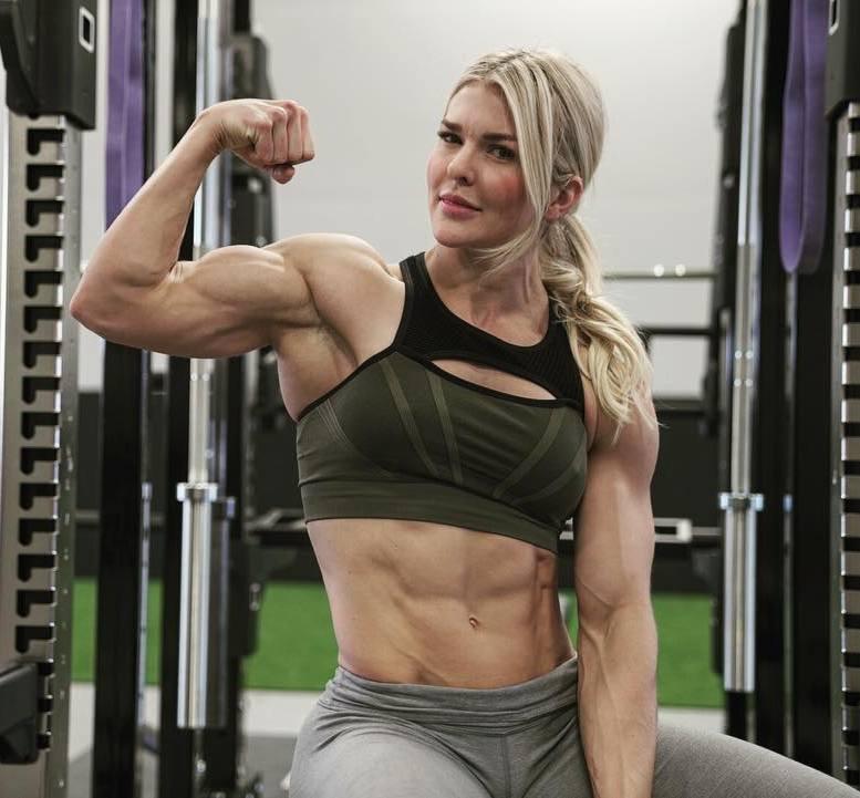 Brooke Halladay4