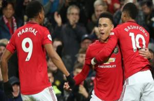 Van Persie Desak Manchester United Supaya Datangkan Striker Baru