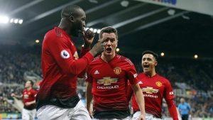 Klub pesepak bola asal Inggris, Manchester United diharapkan untuk segera mengganti direktur dalam hal teknik permainan