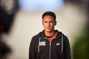 Neymar Terlibat Pertengkaran Dengan Rekam Satu Timnya Di PSG